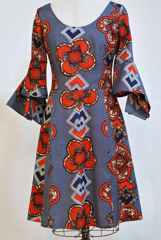 "Kimono Sleeve Dress - sz 6-8 waist 30"" bust 34"" - was $575 now $375  polyester machine washable"