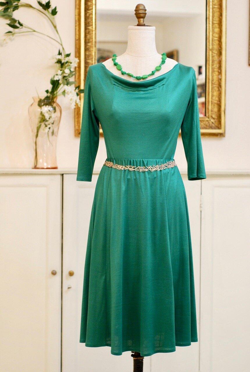 green silk jerseydress.jpeg