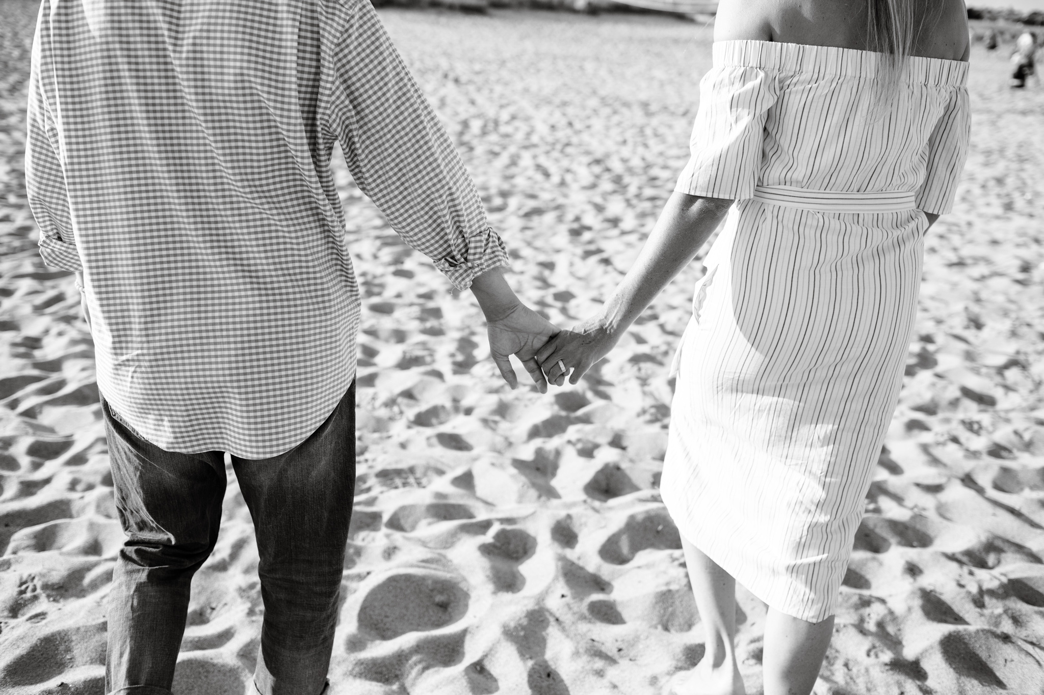 maine-beach-engagement-session-stepheneycollinsphotography-16.jpg
