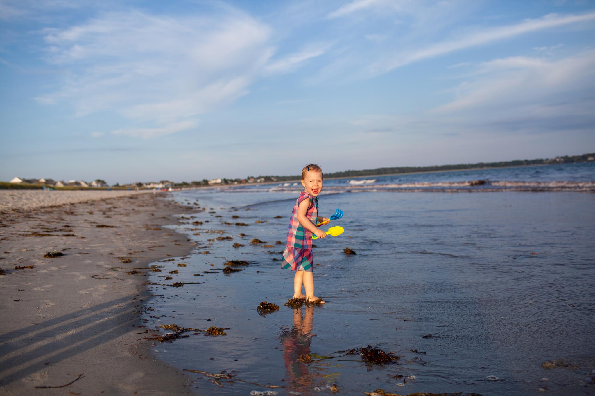 maine-family-photography-pine-point- beach-26.jpg