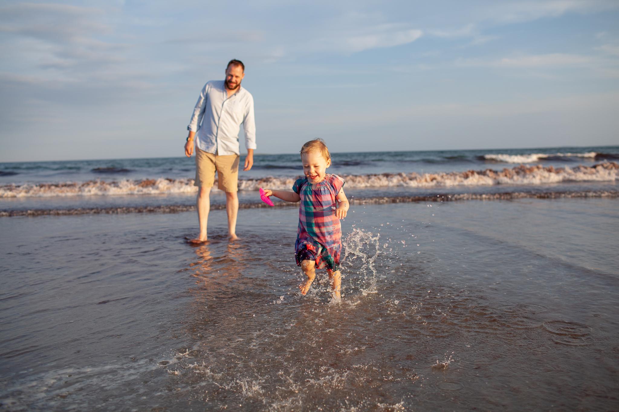 maine-family-photography-pine-point- beach-58.jpg