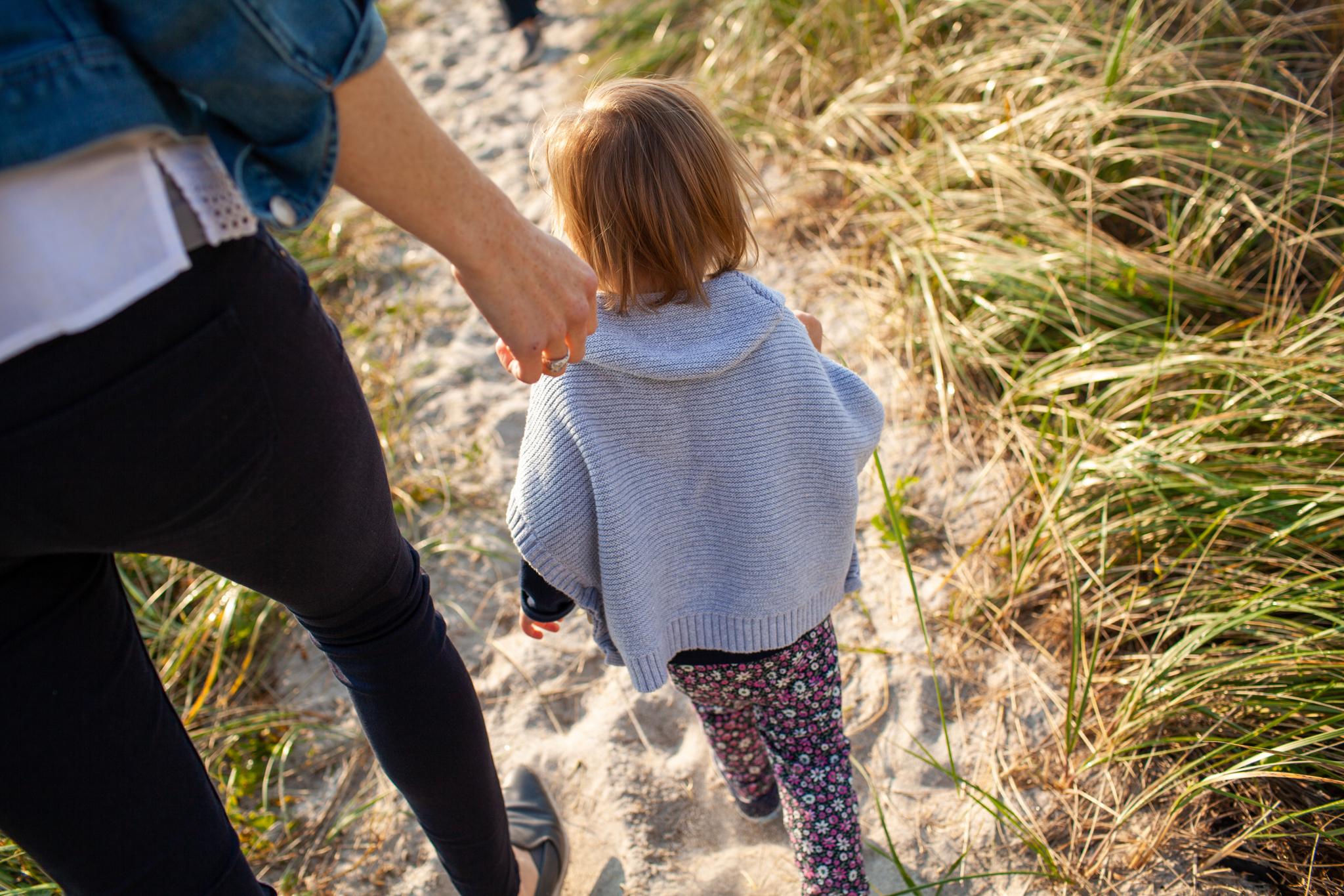 maine-family-photographer-pine-point-beach -2.jpg