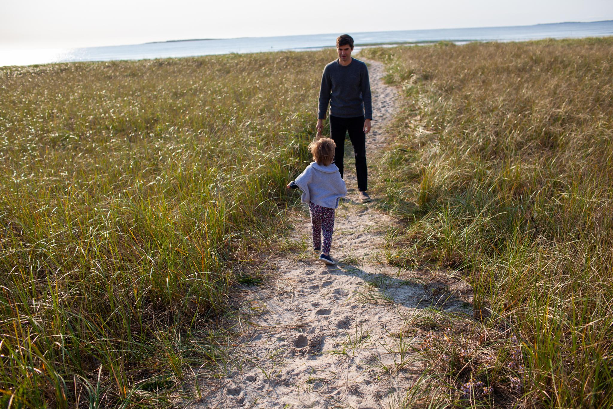 maine-family-photographer-pine-point-beach -1.jpg