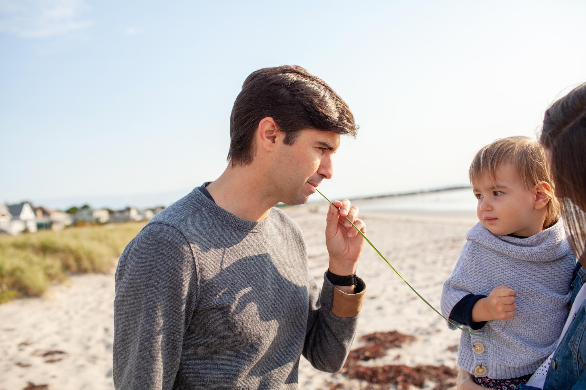 maine-family-photographer-pine-point-beach -16.jpg