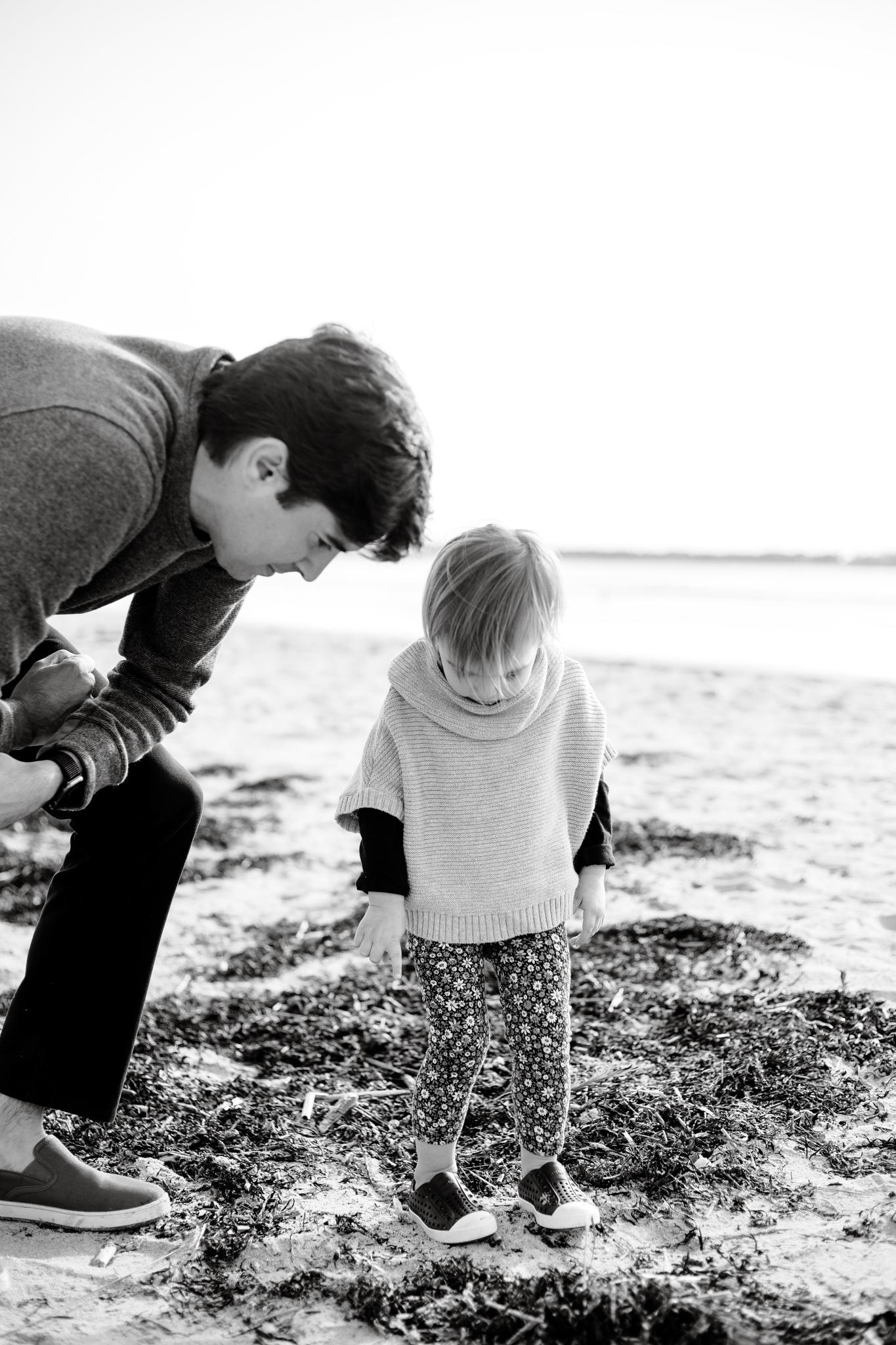 maine-family-photographer-pine-point-beach -21.jpg