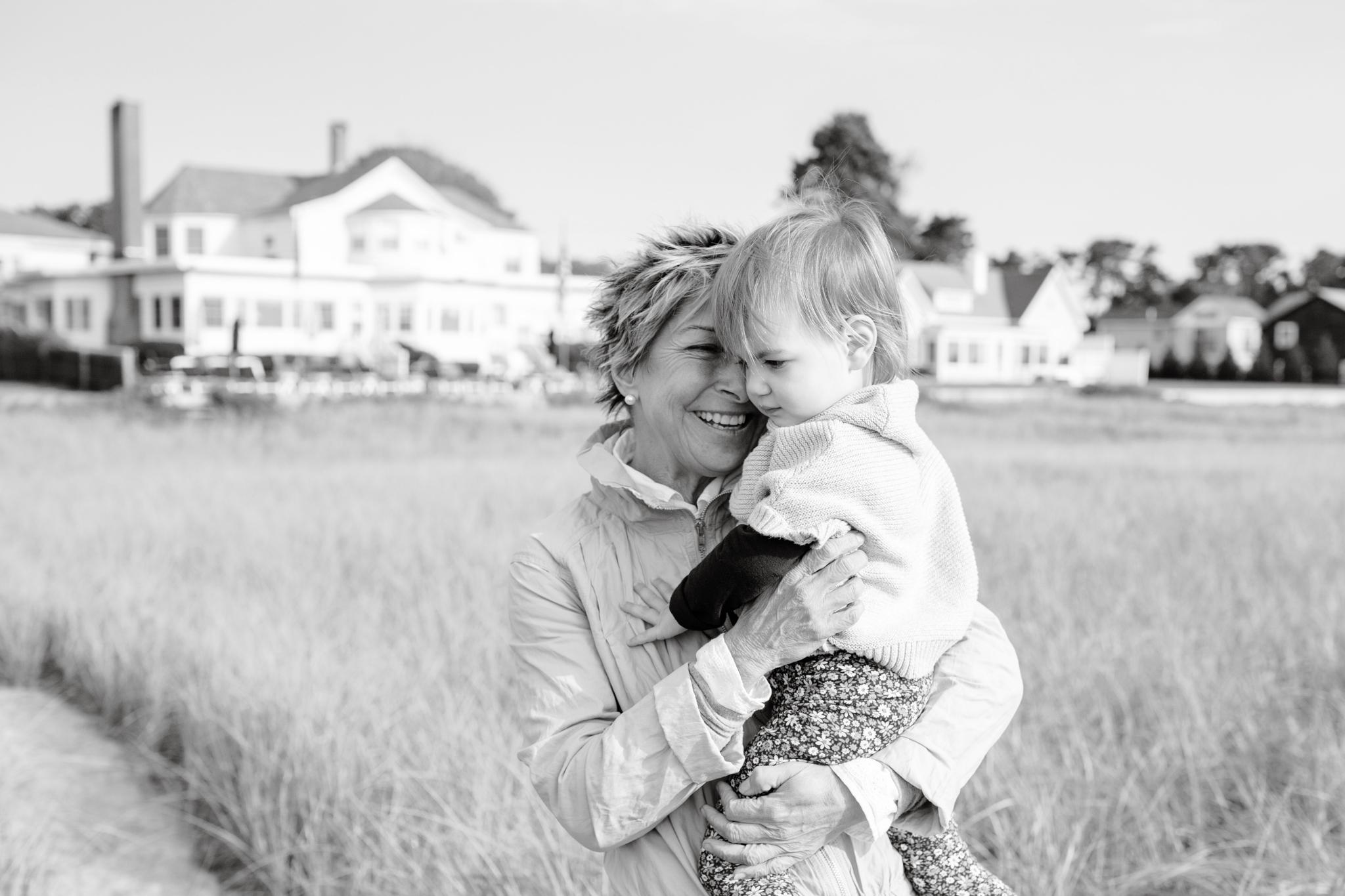 maine-family-photographer-pine-point-beach -26.jpg