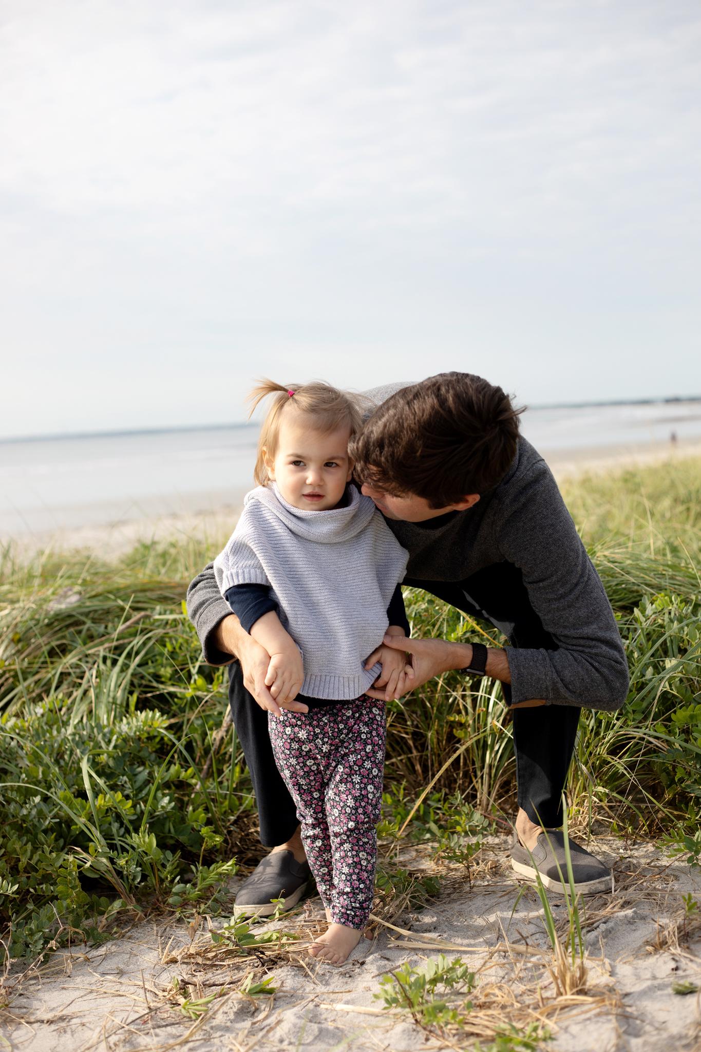 maine-family-photographer-pine-point-beach -40.jpg