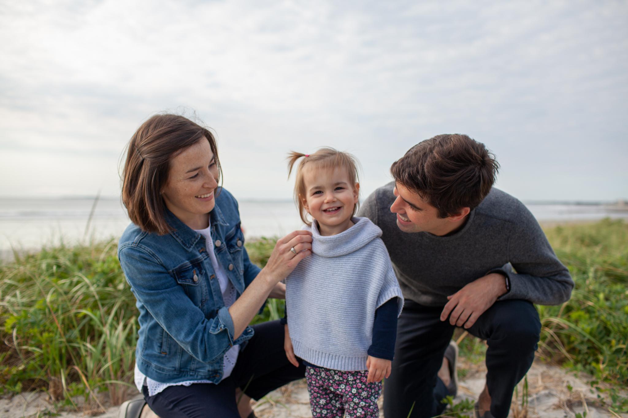 maine-family-photographer-pine-point-beach -47.jpg