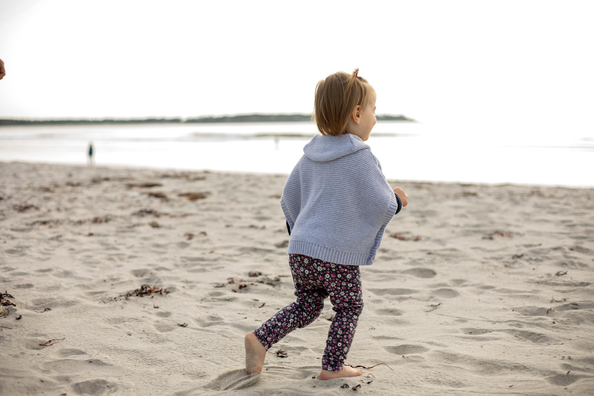 maine-family-photographer-pine-point-beach -57.jpg