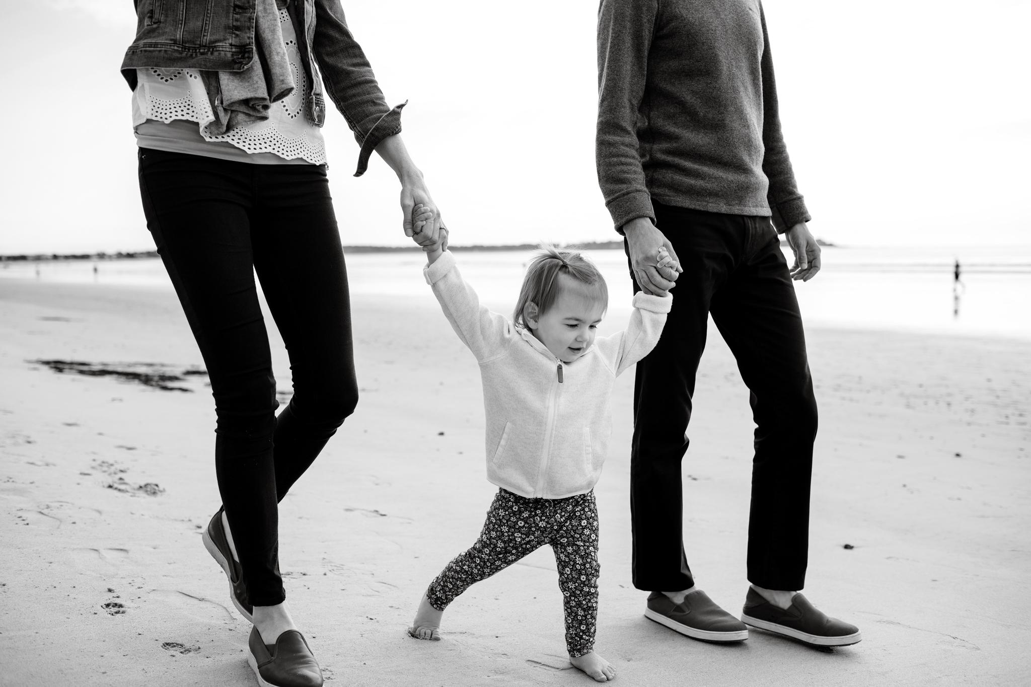 maine-family-photographer-pine-point-beach -62.jpg