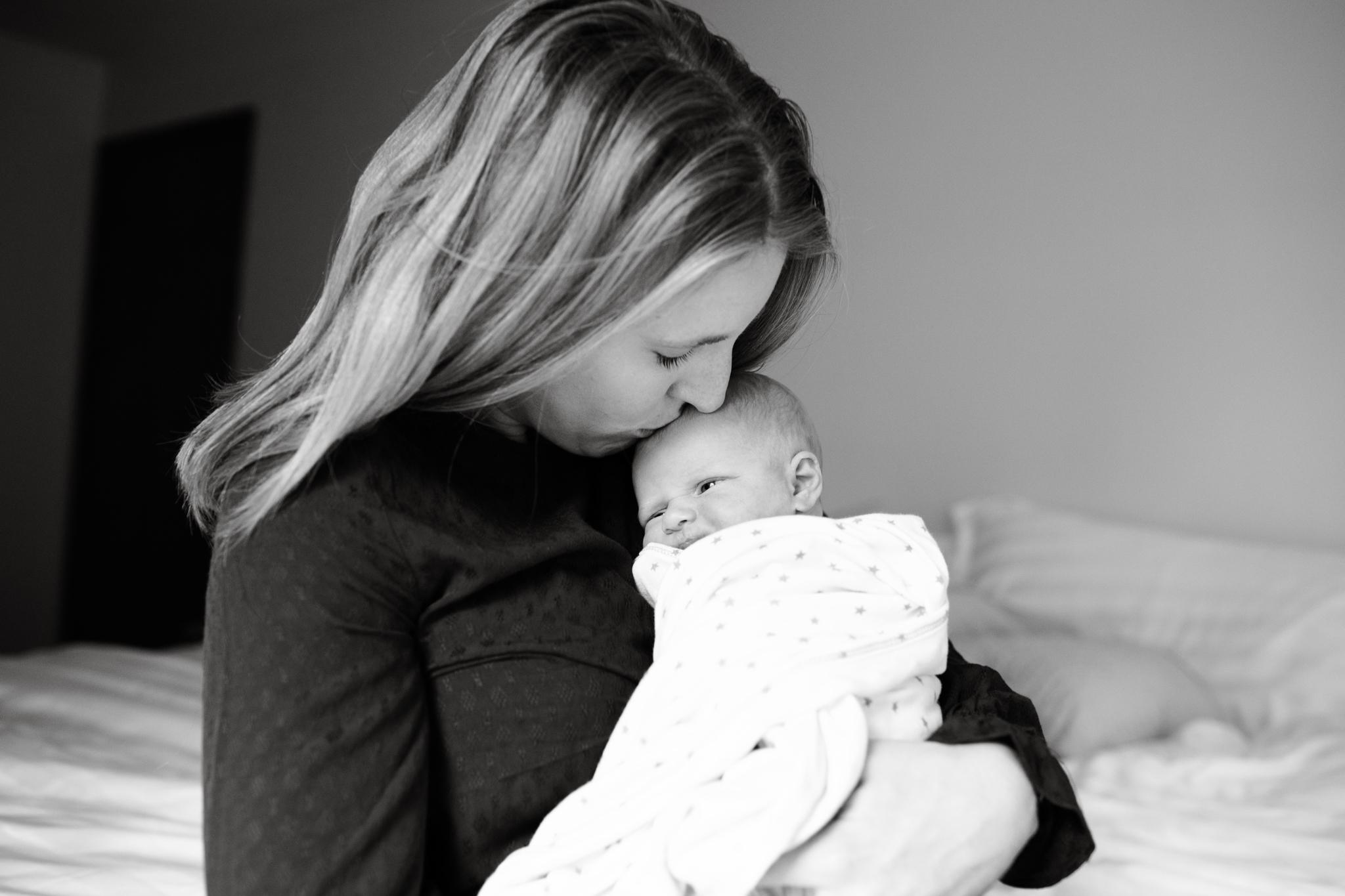 maine-newborn-photographer-38.jpg