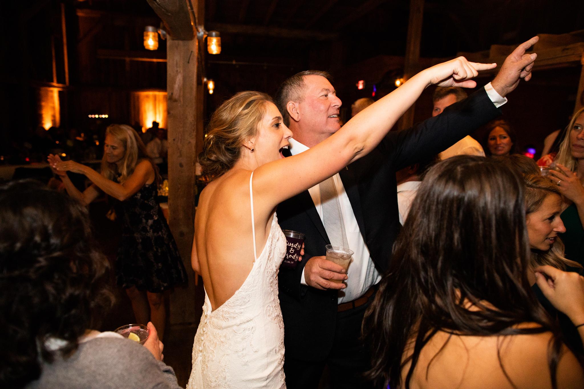 maine-farm-wedding-photographer-stepheneycollins-304.jpg