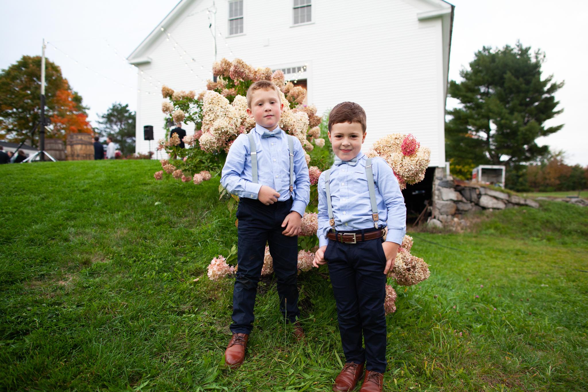 maine-farm-wedding-photographer-stepheneycollins-211.jpg