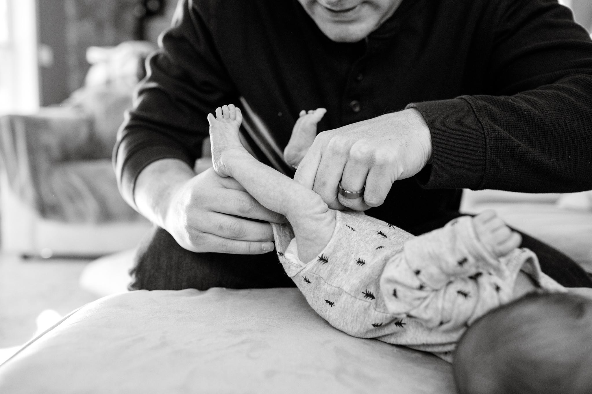 maine-newborn-lifestyle-photographer-4.jpg