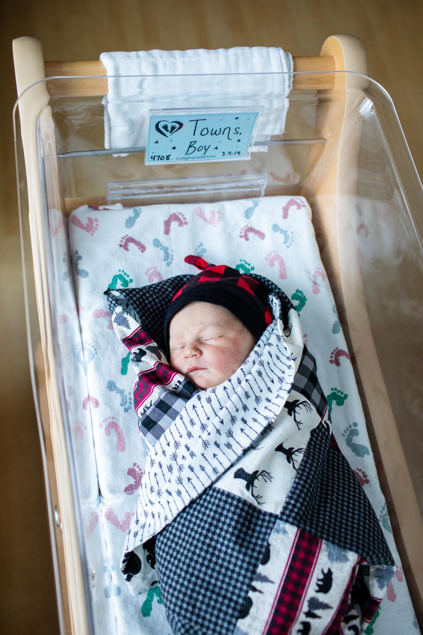 maine-fresh48-newborn-photographer -2.jpg
