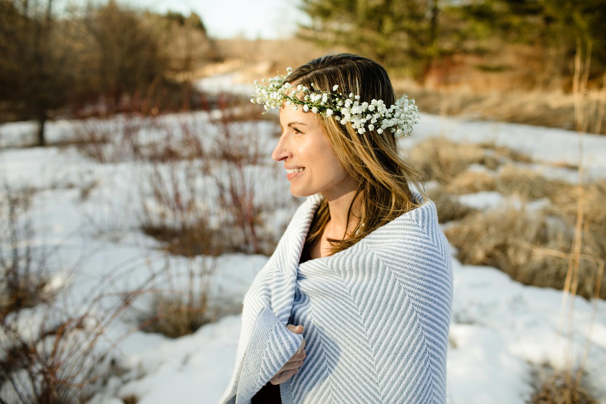 maine-maternity-photographer-winter -5.jpg