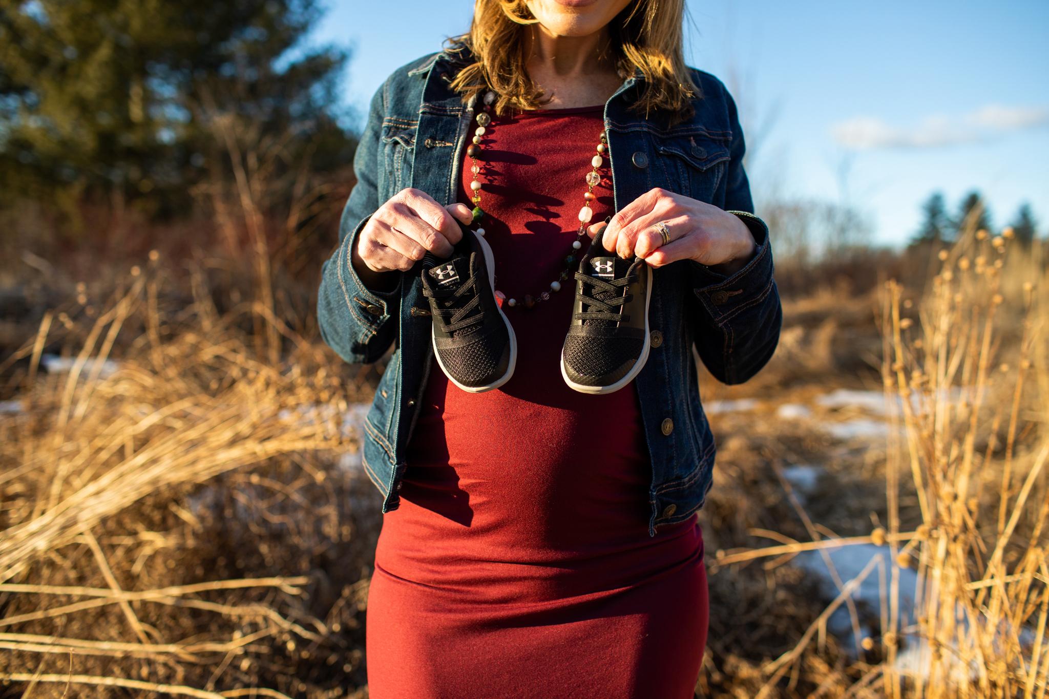 maine-maternity-photographer-winter -9.jpg