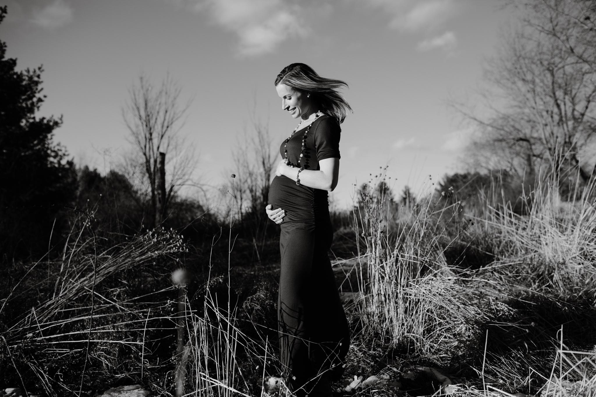 maine-maternity-photographer-winter -12.jpg
