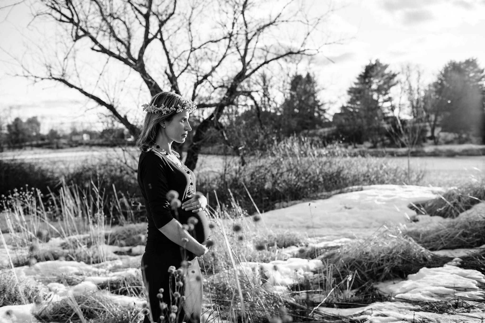 maine-maternity-photographer-winter -19.jpg