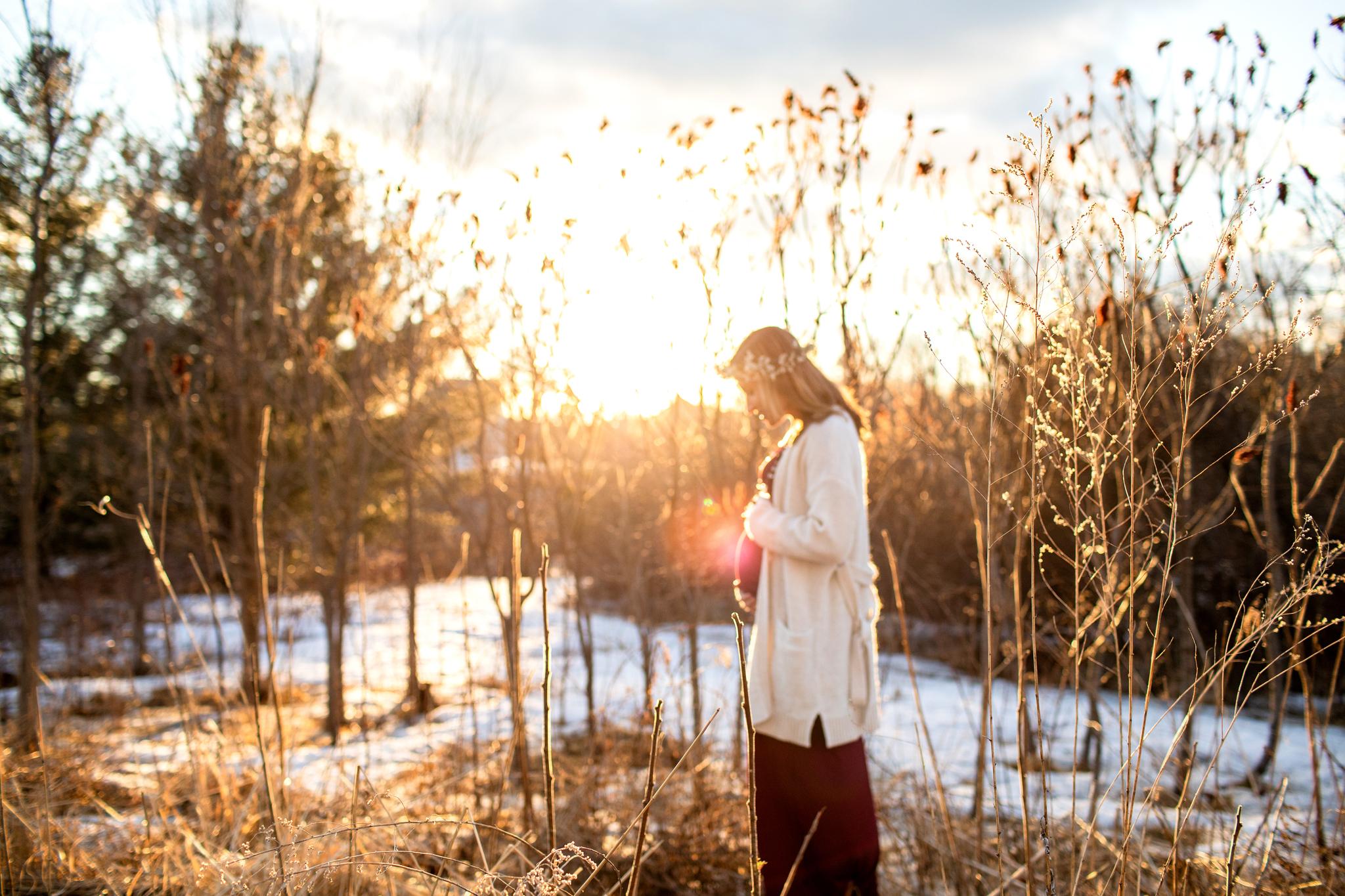 maine-maternity-photographer-winter -23.jpg