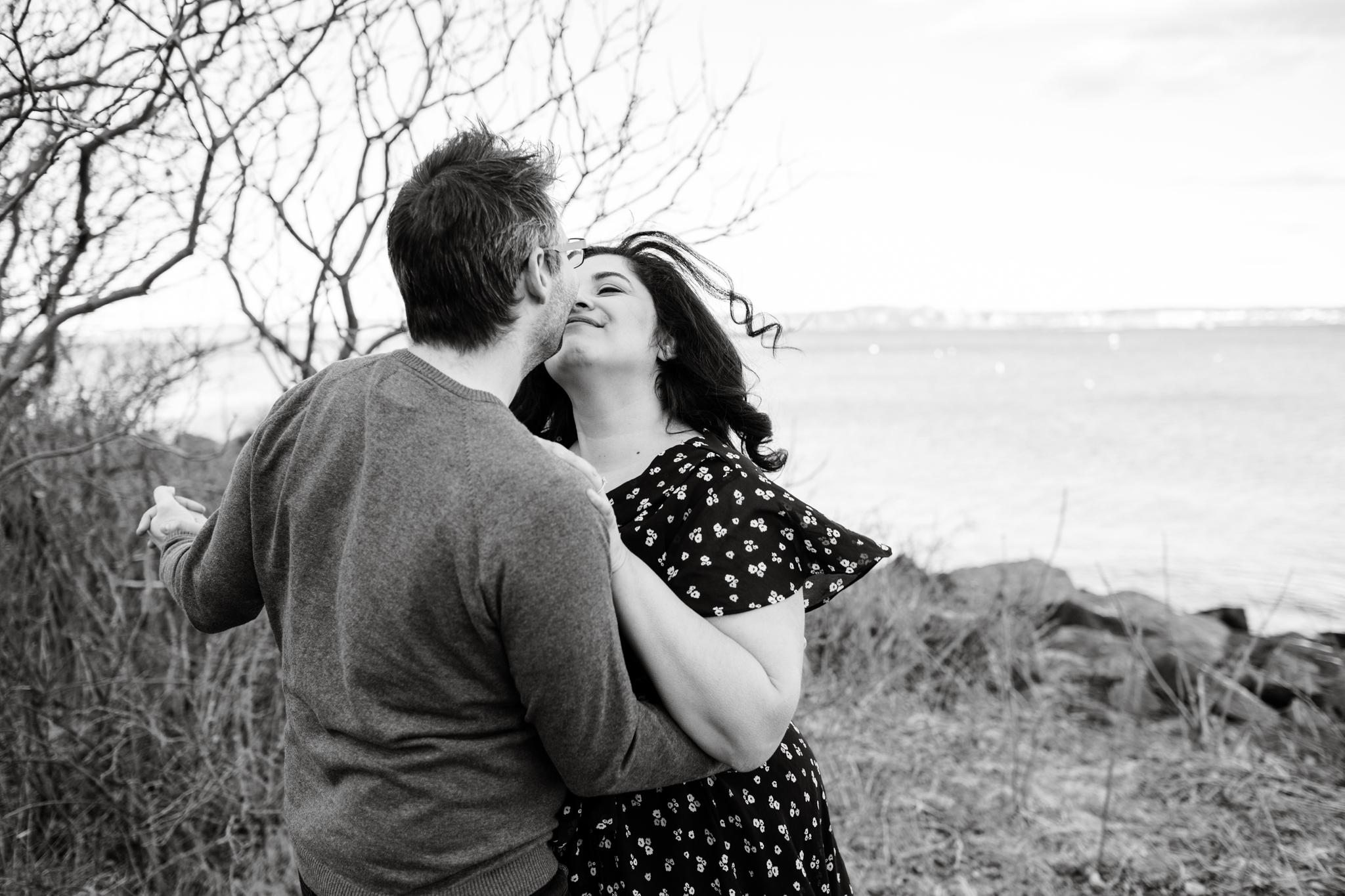 maine-wedding-photographer-engagement-session  -40.jpg