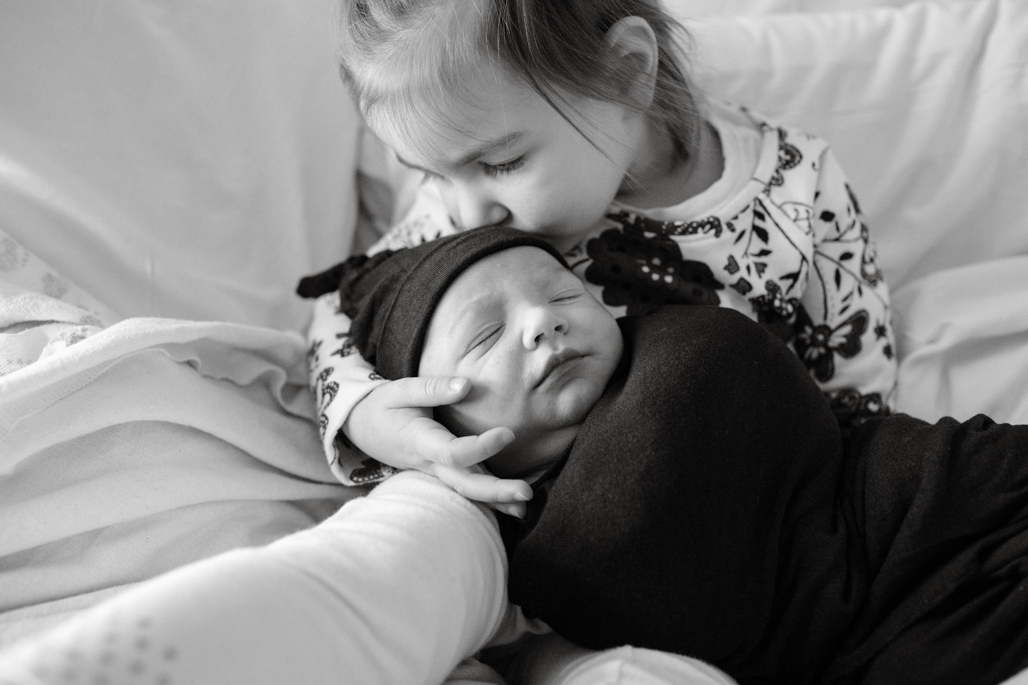 maine-newborn-photography-stepheneycollins -18.jpg