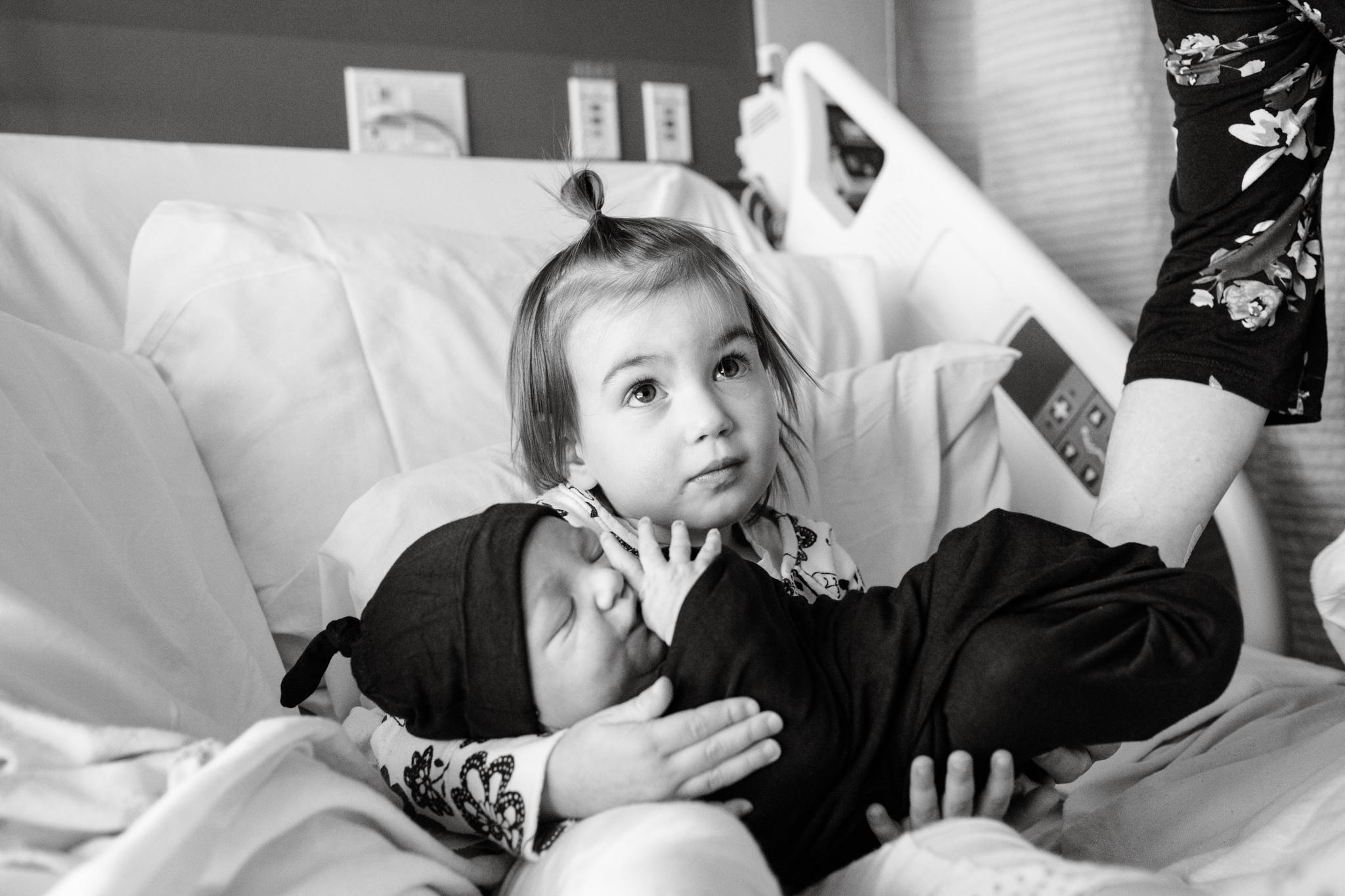 maine-newborn-fresh48-photographer -5.jpg
