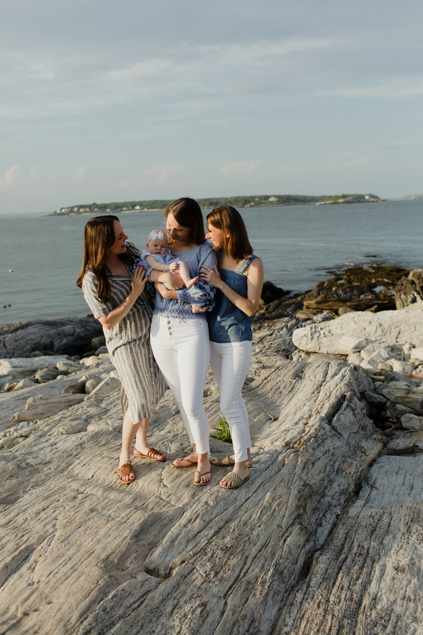 maine-family-lifestyle-photographer-stepheneycollins-peaks-island-39.jpg