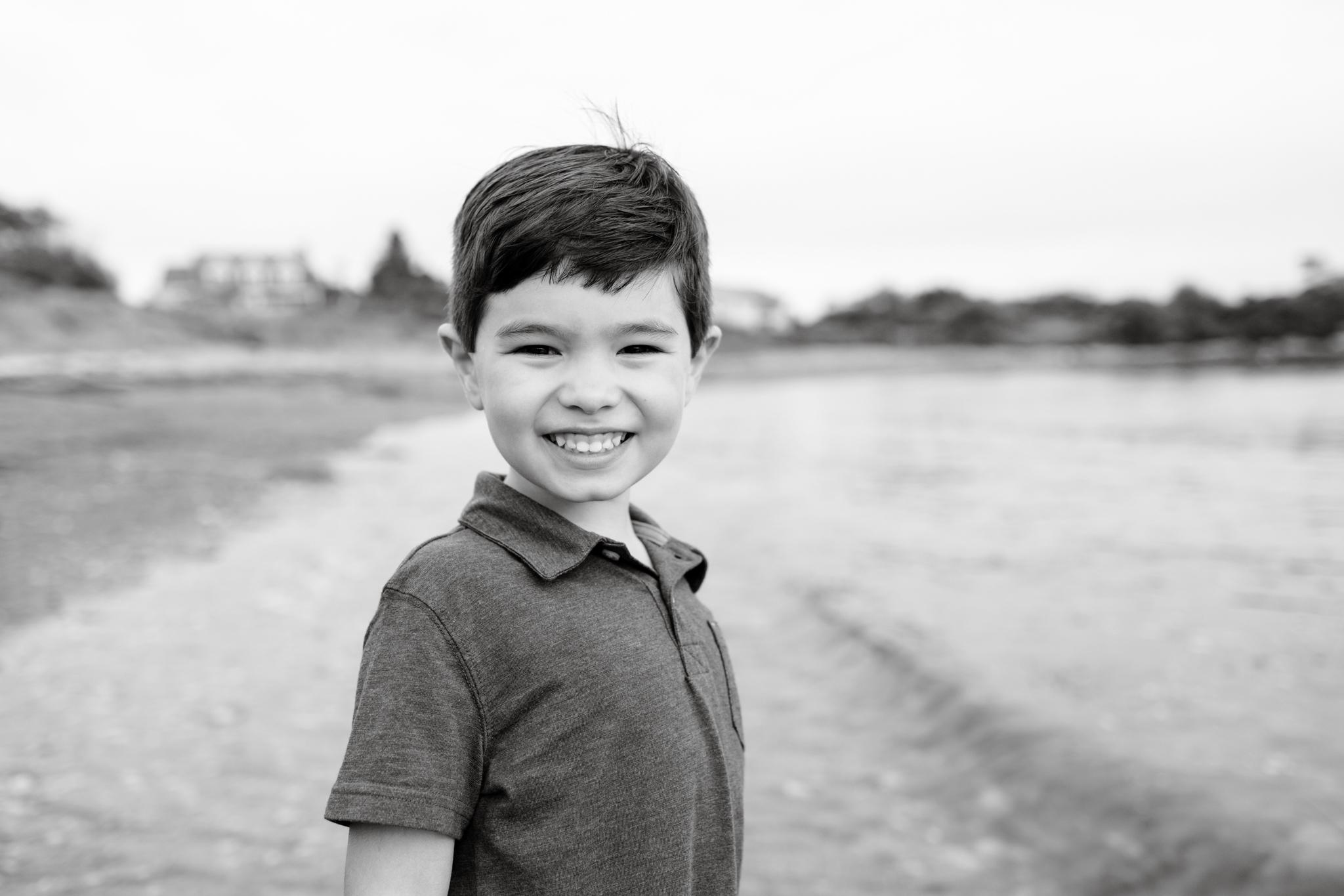 maine-family-photographer-beach-lifestyle -26.jpg
