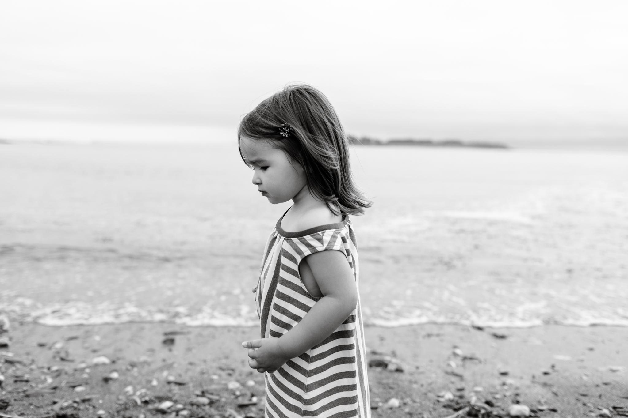 maine-family-photographer-beach-lifestyle -27.jpg
