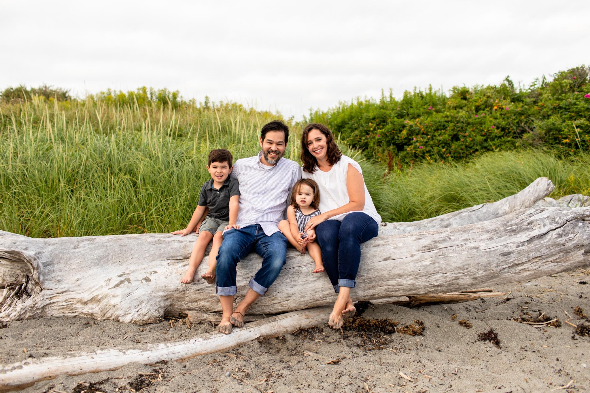maine-family-photographer-beach-lifestyle -34.jpg