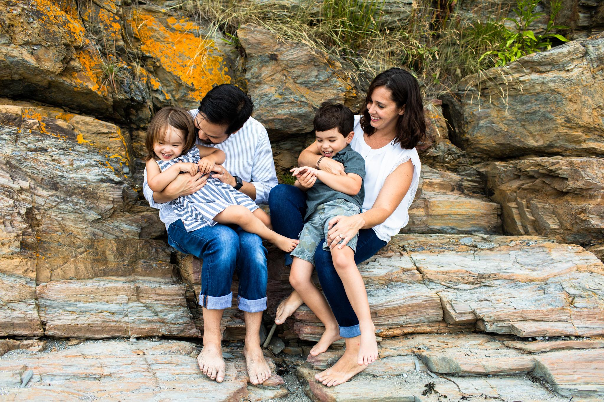 maine-family-photographer-beach-lifestyle -51.jpg