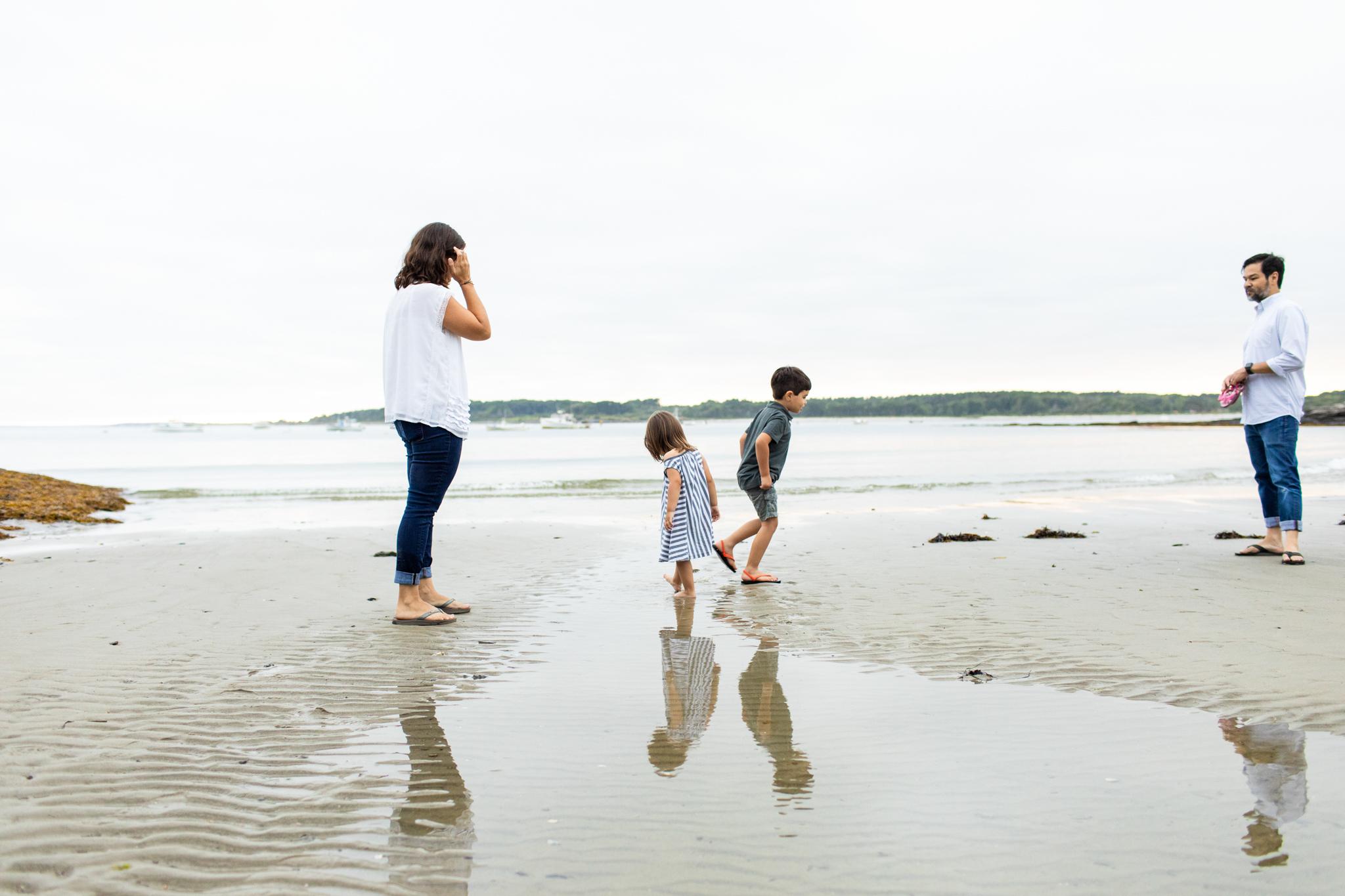 maine-family-photographer-beach-lifestyle -66.jpg