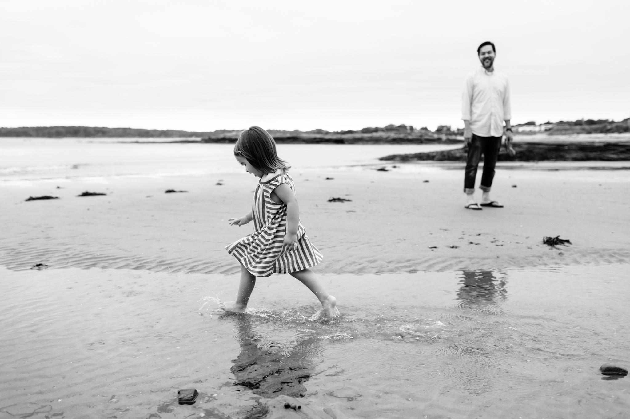 maine-family-photographer-beach-lifestyle -67.jpg