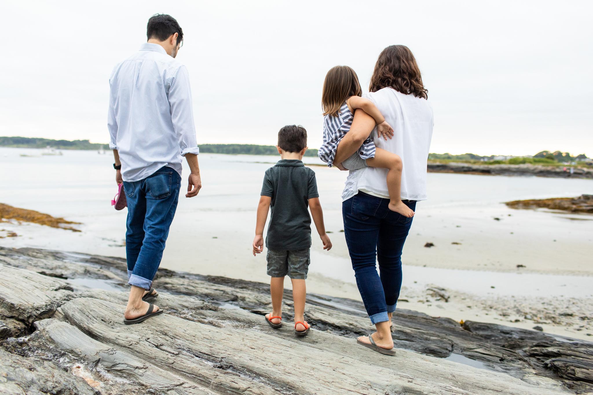 maine-family-photographer-beach-lifestyle -64.jpg