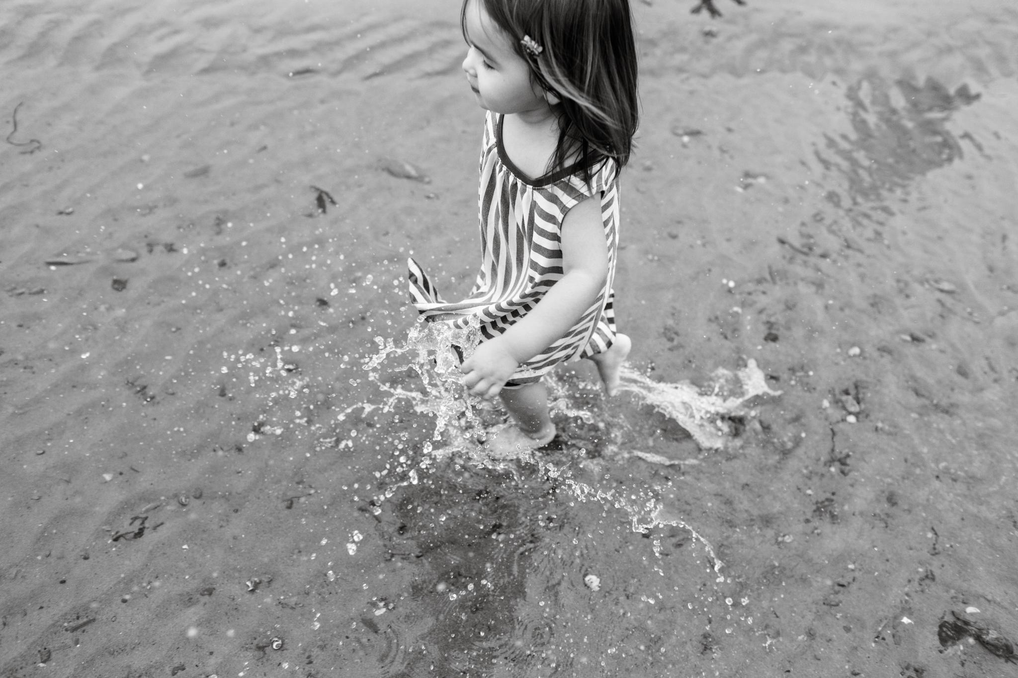 maine-family-photographer-beach-lifestyle -68.jpg