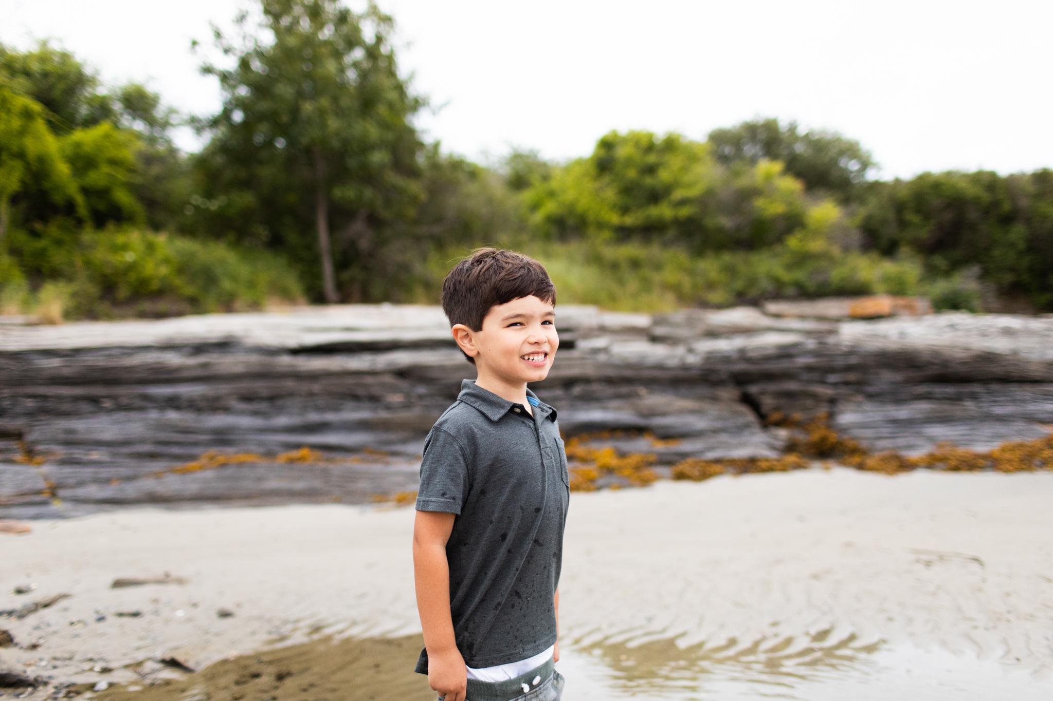 maine-family-photographer-beach-lifestyle -84.jpg