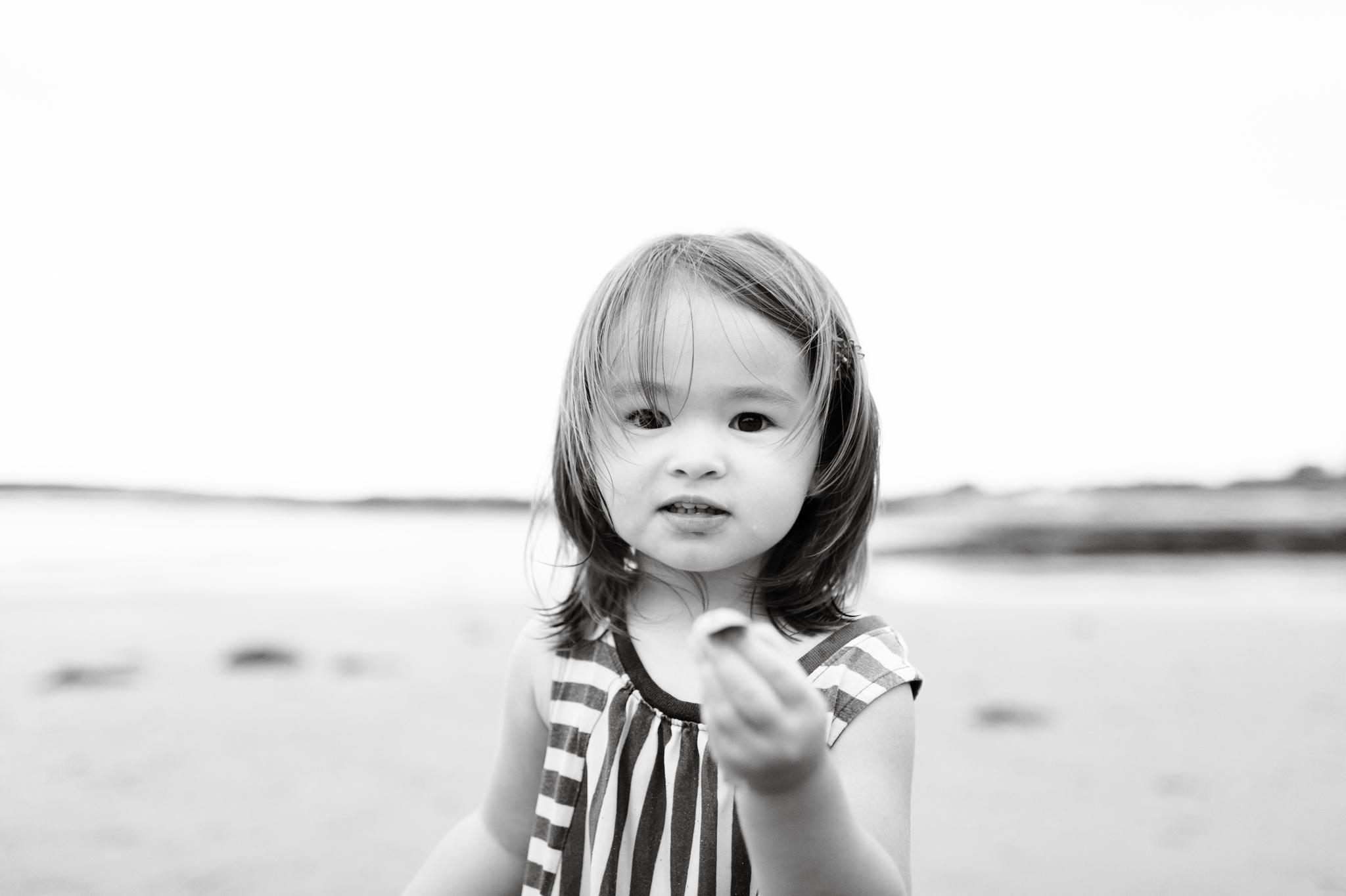 maine-family-photographer-beach-lifestyle -85.jpg