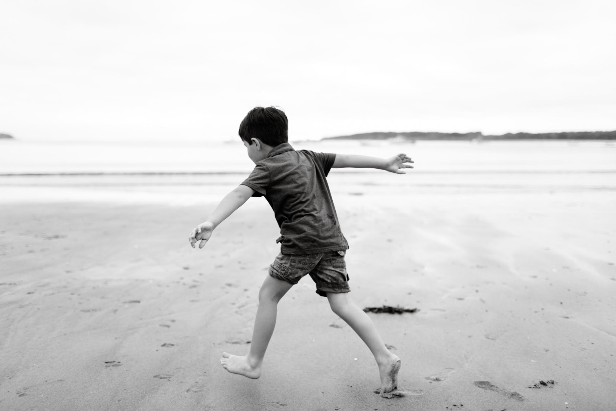 maine-family-photographer-beach-lifestyle -86.jpg