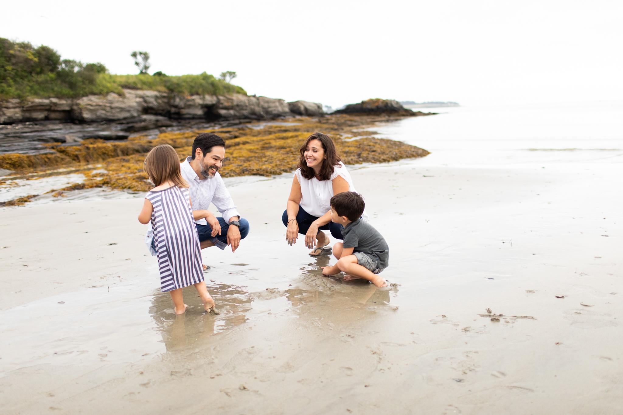 maine-family-photographer-beach-lifestyle -88.jpg