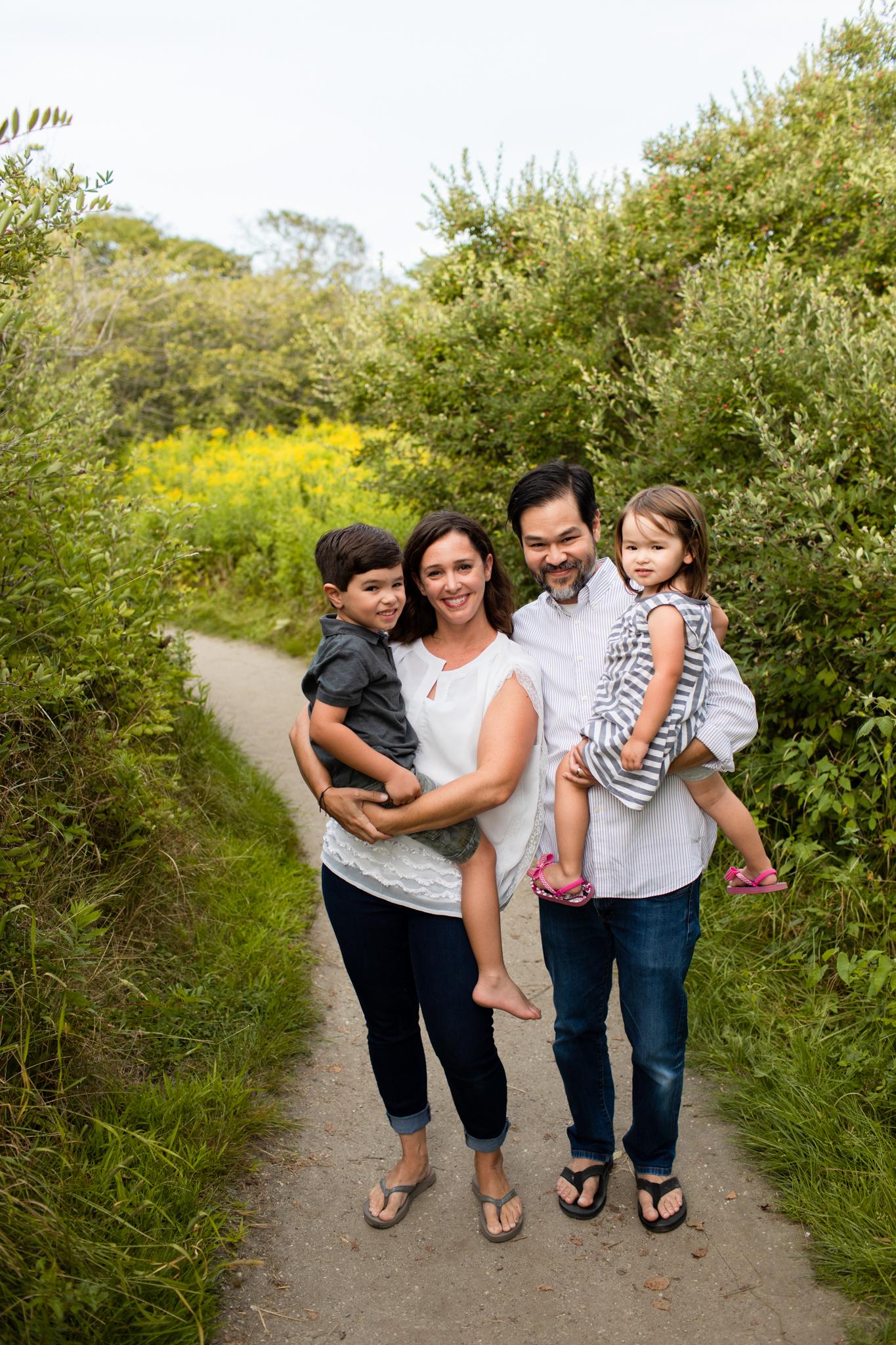 maine-family-photographer-beach-lifestyle -3.jpg