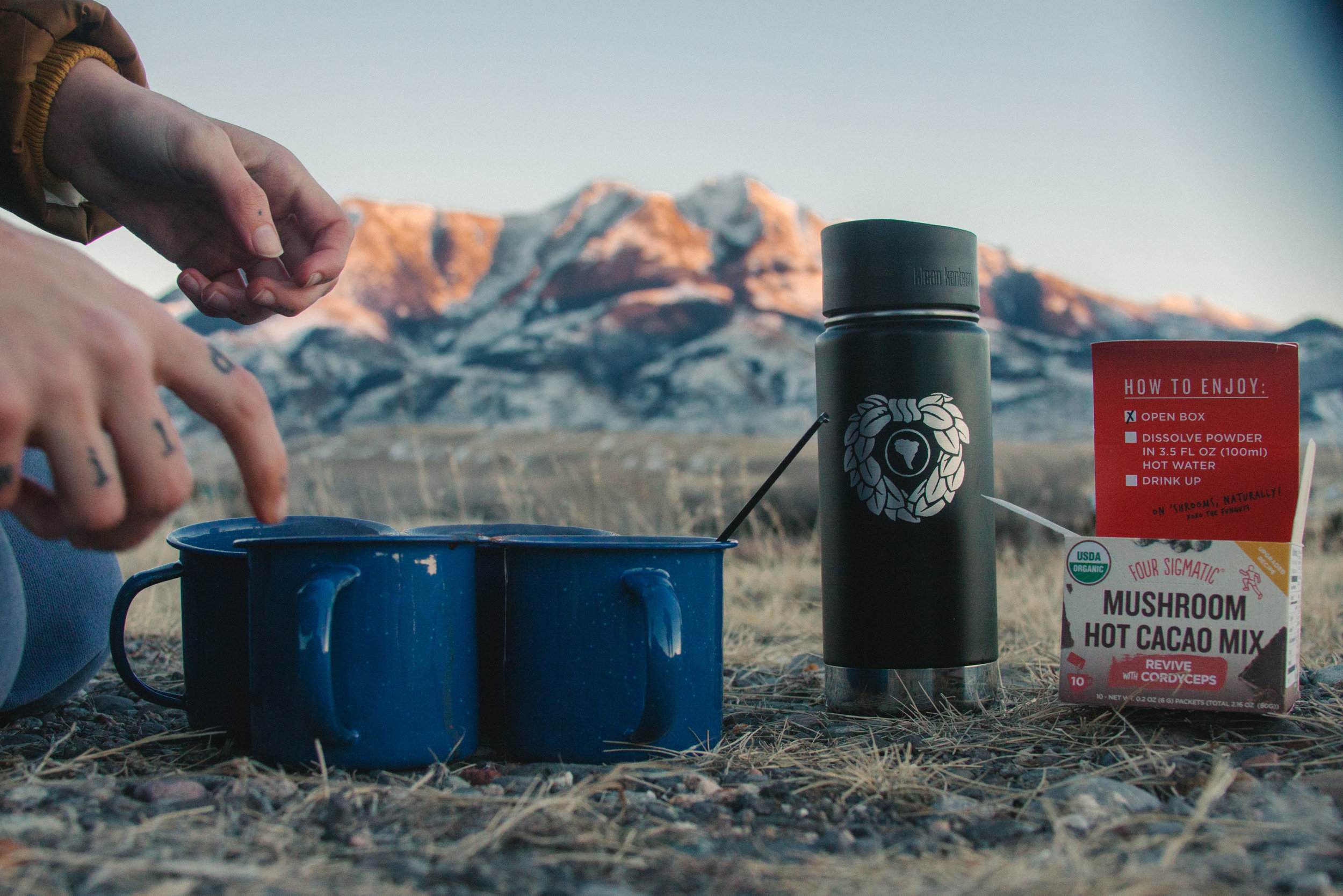 We pulled off in Paradise Valley outside of Yellowstone to whip up these tasty drinks + enjoy the sunset.