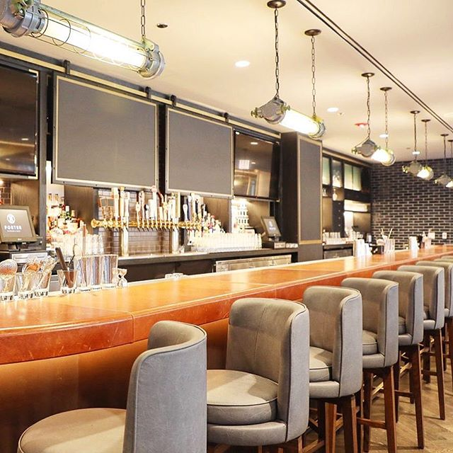 Is it Friday yet?! No😩..but we can all gaze at this bar and dream about what kind of happy hour cocktail we'll be toasting into the weekend with 😍🍸Our Forestdale Fluorescents set this Chicago swanky scene on fireeee🔥All UL Listed and unlimited quantities available, upon request!  Get YOURS at fixtelectric.com💡  #oldlightsnewlife  Interior design by Chicago's finest kickass crew at @studiokcreative 💥