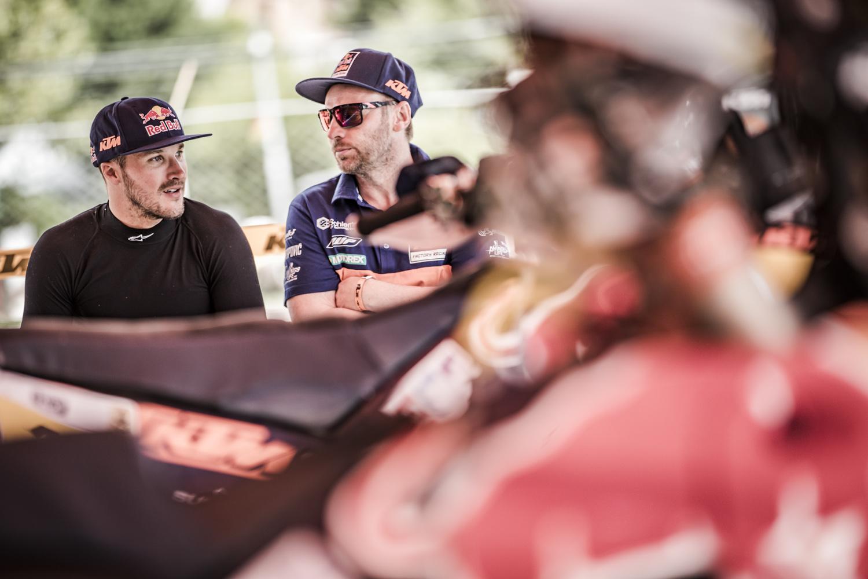 Sam Sunderland & Alex Doringer Bivouac Dakar 2017.jpg