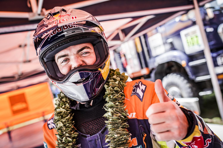 Matthias Walkner Bivouac Dakar 2017.jpg