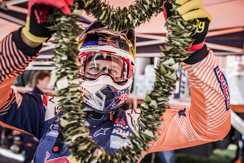 Sam Sunderland Bivouac Dakar 2017.jpg