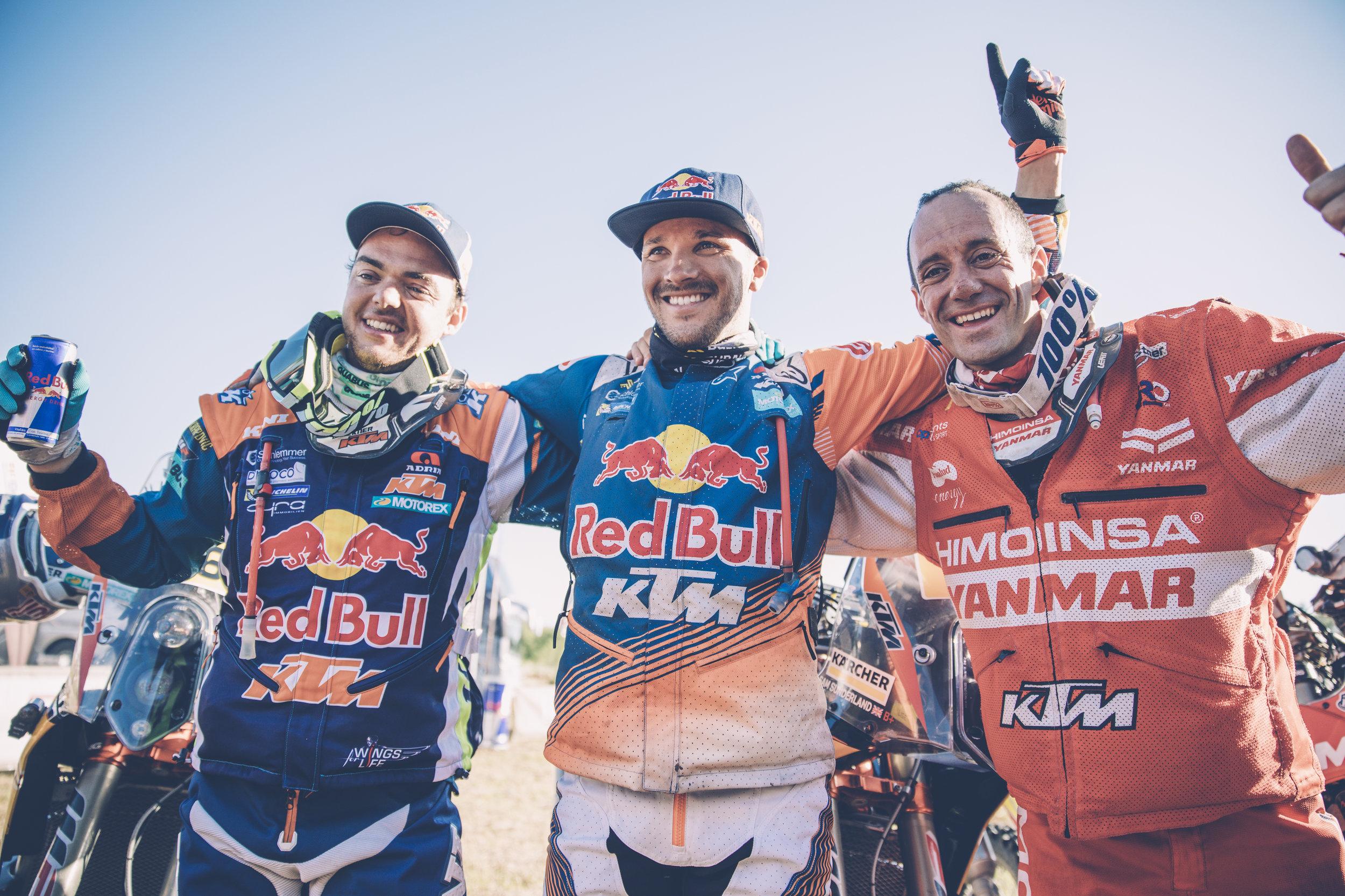 Matthias Walkner,  Sam Sunderland & Gerard Farres Guell Dakar 2017.jpg