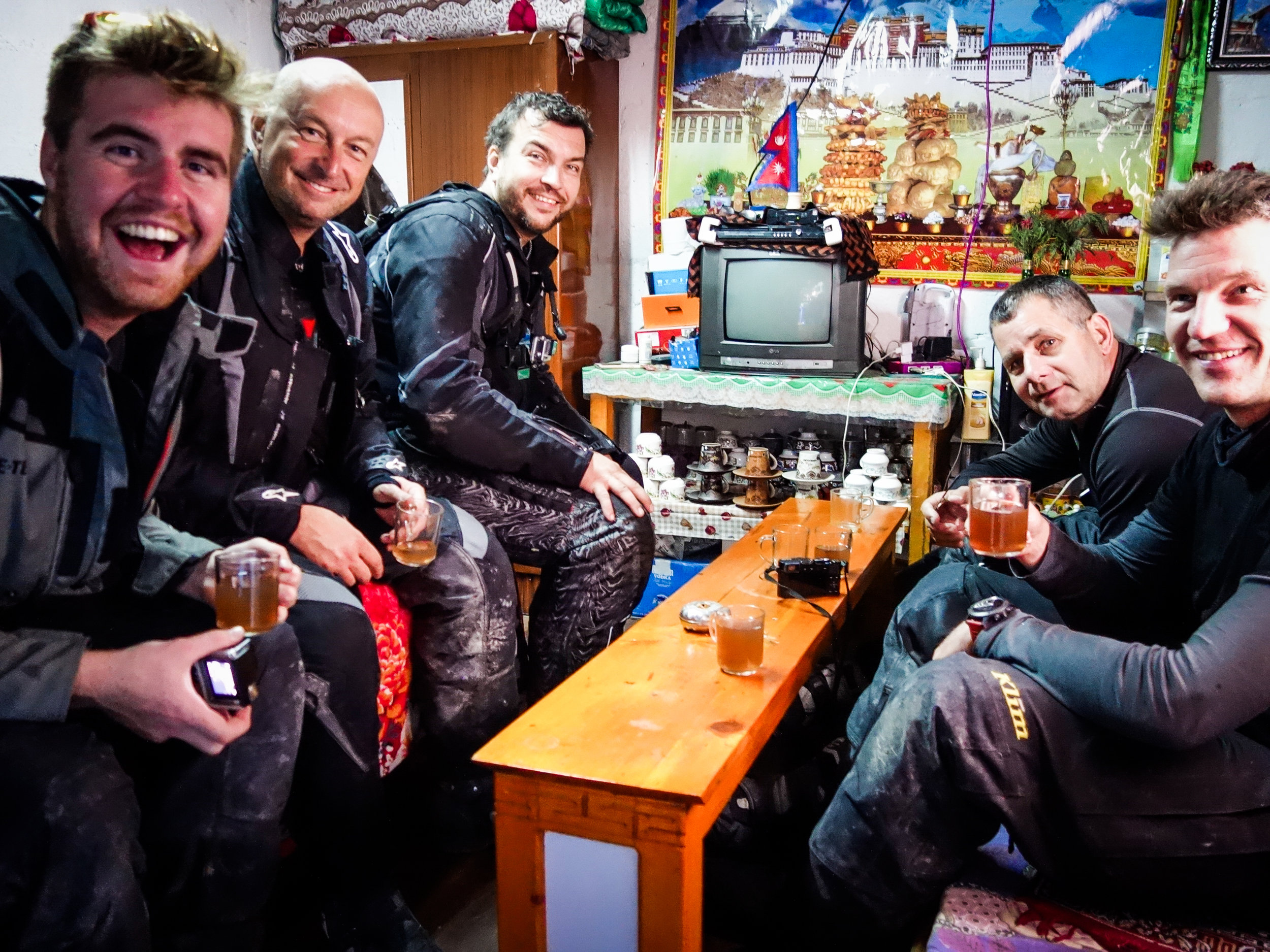 TWHMC-nepal-motorcycle-adventure-2016-03883-2.jpg