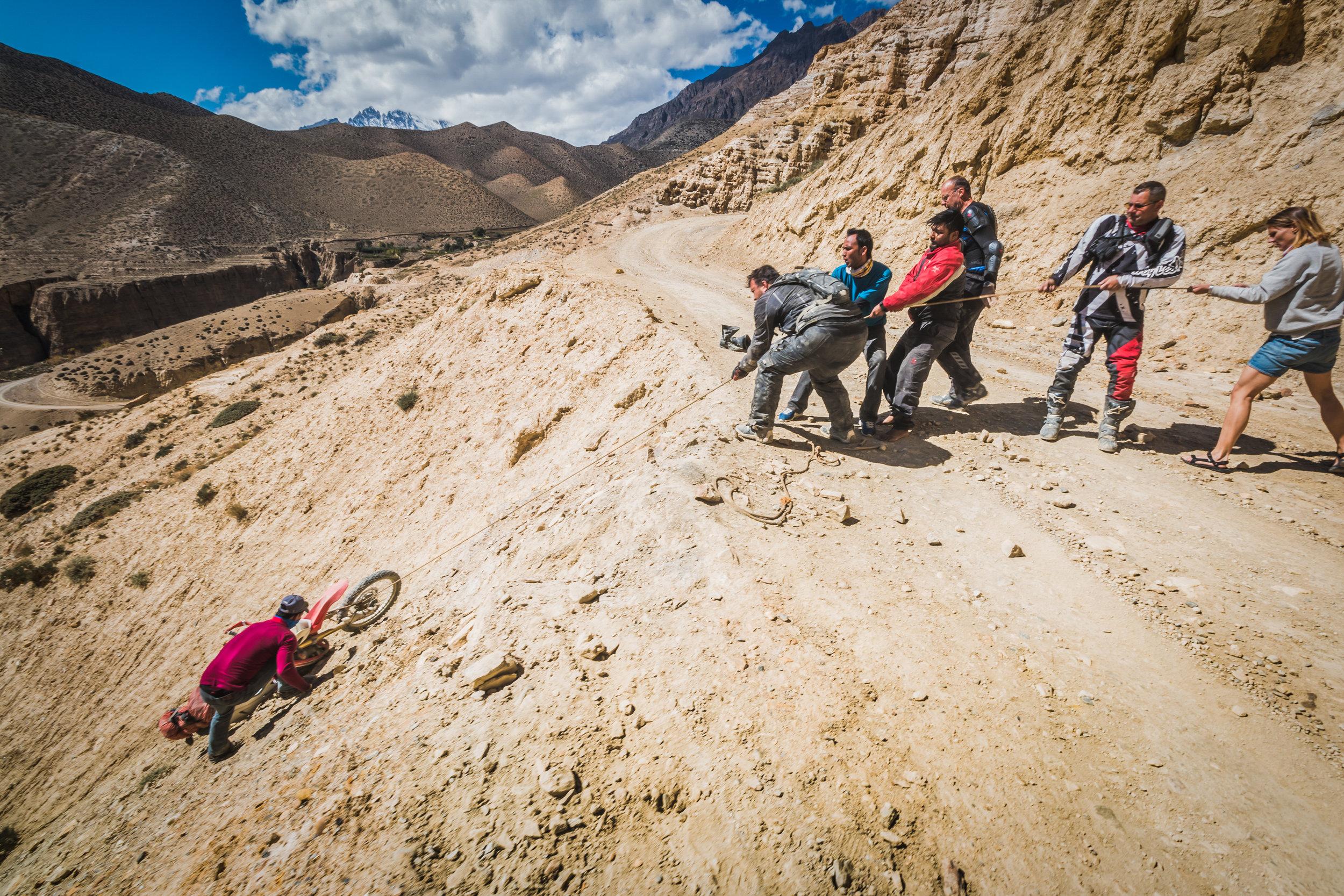 TWHMC-nepal-motorcycle-adventure-2016-0591-2-2.jpg