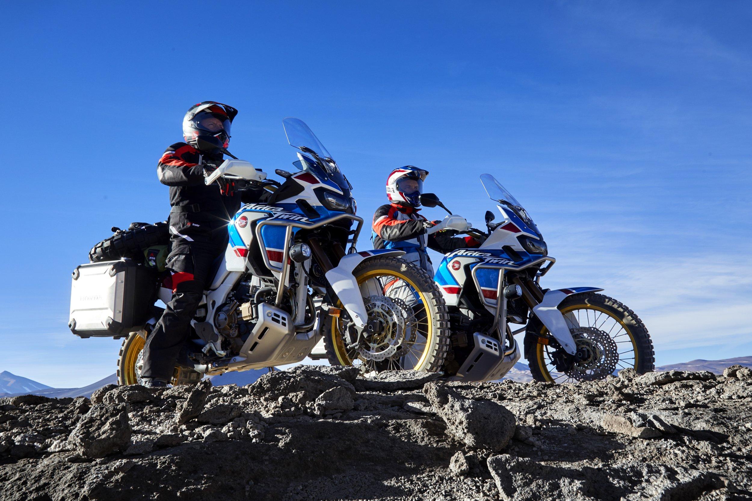 18_Honda_Africa_Twin_Adventure_Sports_Action_Image_7.jpg